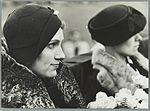 Mevrouw Parmentier tijdens de huldiging van de Uiver-bemanning, 30 november 1934.jpg