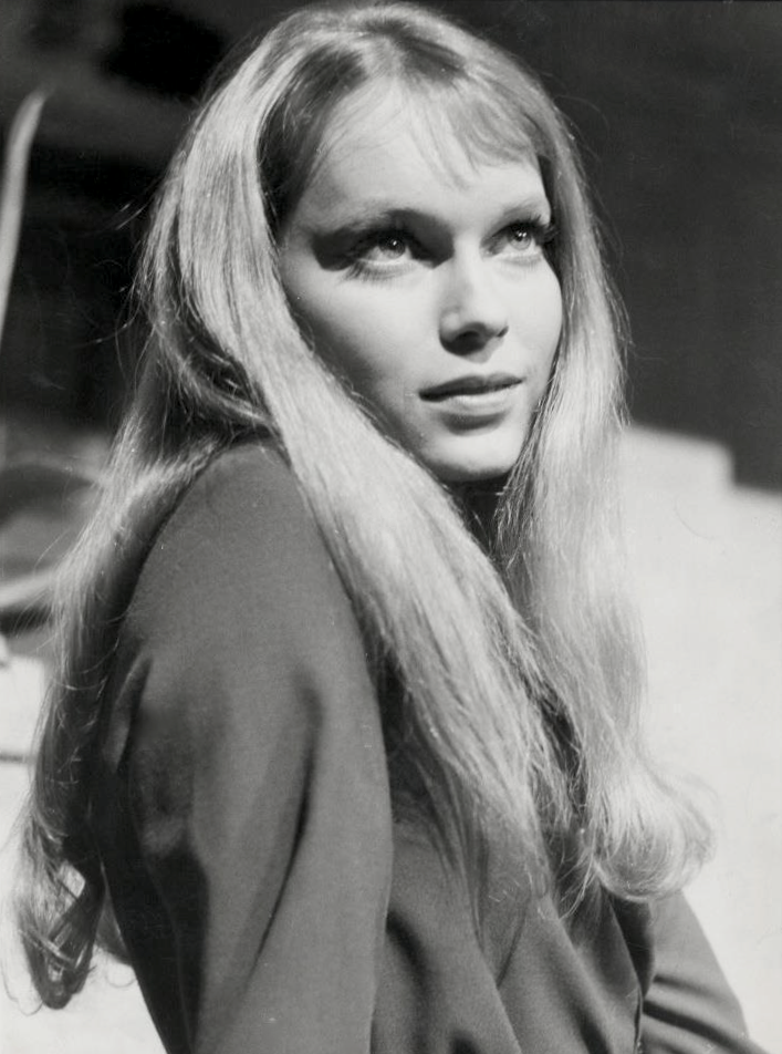 Mia Farrow 1964