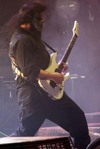 Ibanez MTM - Image: Mick Thomson at Mayhem 2008