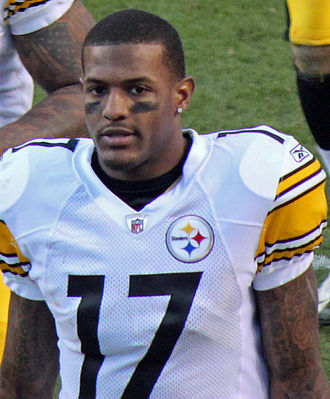 Mike Wallace (American football) - Wallace with the Pittsburgh Steelers in 2012