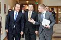 Ministru prezidenta Valda Dombrovska tikšanās ar Apvienotās Karalistes Ministru prezidentu Deividu Kameronu (8514465911).jpg
