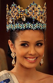 Miss World 2013 Megan Young 101413 (cropped).jpg
