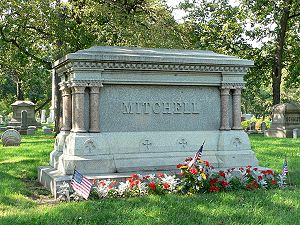 Alexander Mitchell (Wisconsin politician) - Mitchell family monument at Forest Home Cemetery