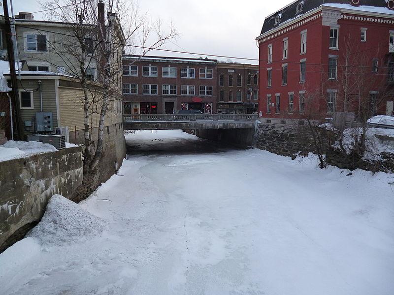 File:Vermont State House, Montpelier VT.jpg - Wikimedia