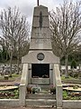 Monument morts Ancien Cimetière Champigny Marne 2.jpg
