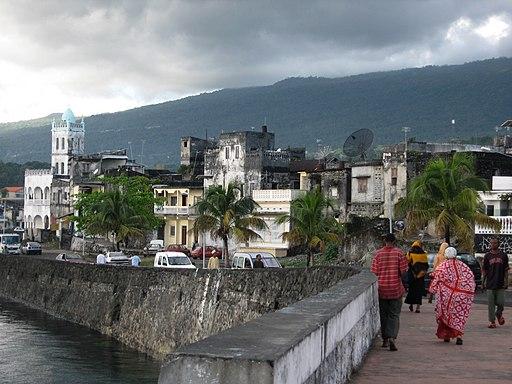 Moroni harbour (2)