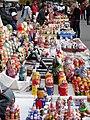 Moscow Sparrow hill market (4103421290).jpg