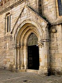Mosteiro Leça Balio by Henrique Matos 02