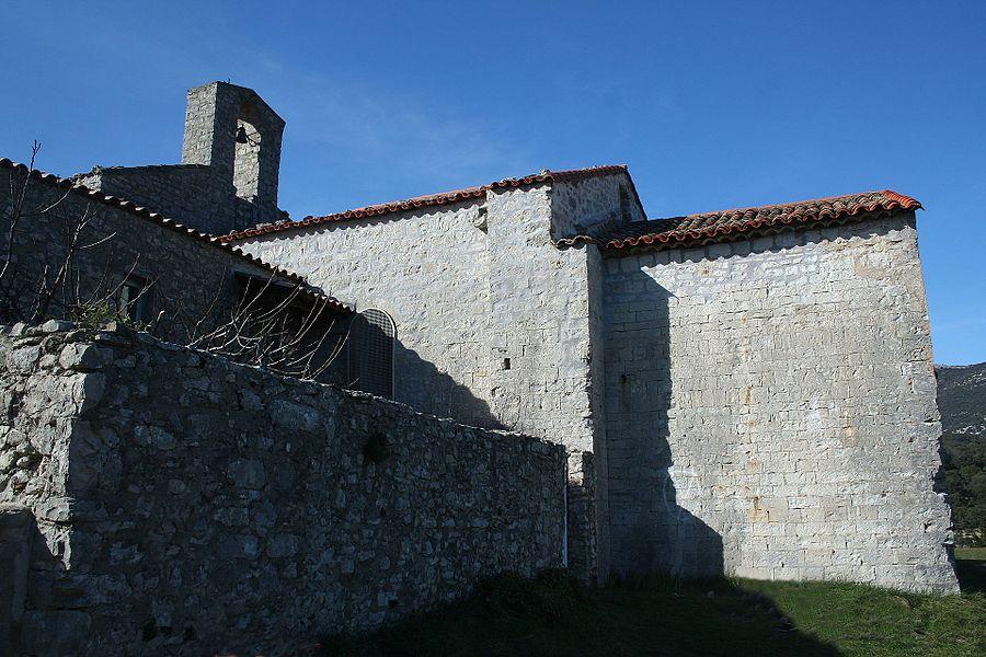 Moulès-et-Baucels (Hérault) - façade nord de l'église de Saint-Jean-Baptiste de Moulès-et-Baucels (dite l'églisette)