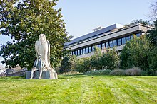 Museu Calouste Gulbenkian (34771495700) .jpg