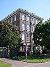 foto van Geheel vrijstaande villa in neo-renaissance stijl