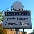 Musgrove-Poole-Larsen Funeral Home in Eugene, Oregon (29925114995).jpg