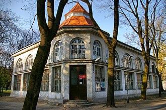 University of Łódź - Image: Muzeum Przyrodnicze Uniwersytetu Łódzkiego, Park Sienkiewicza, Łódź 01