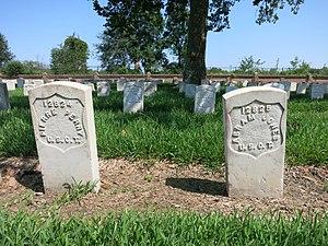 Chalmette National Cemetery - Image: NOLA Chamette USCT graves