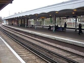 Norbury railway station - Image: Norbury 999