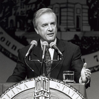 Jim Hunt - Hunt speaking at North Carolina State University in 1992