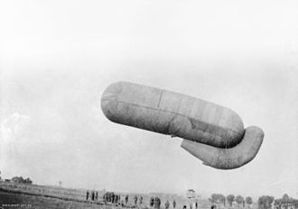 Balloon buster - British balloon of the German Parseval-Siegsfeld type, 1916, typical of observation balloons in the first half of World War I