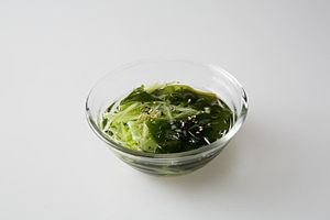 Guk - cold cucumber wakame soup