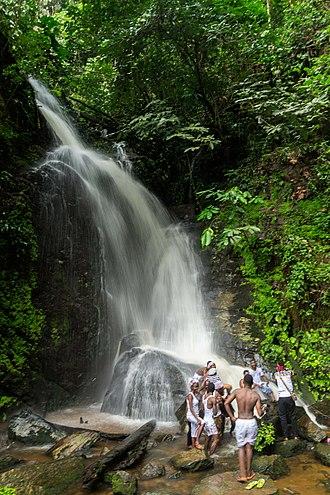 Erin-Ijesha Waterfalls - Tourists at Erin Ijesa (Olumirin) falls, Osun state, Nigeria