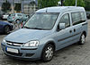 Opel Combo C Tour 1.7 DTI front 20100808.jpg