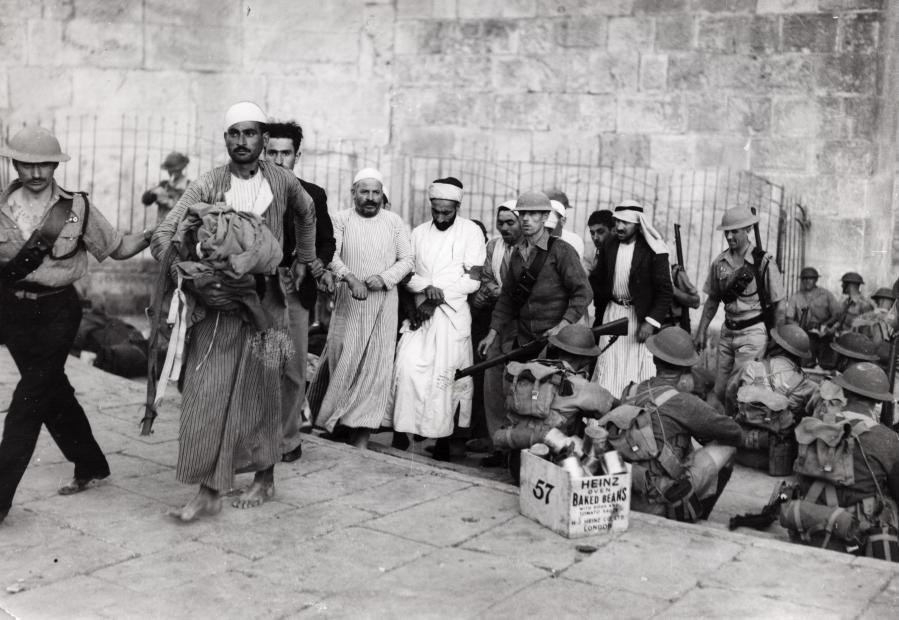 Opstand tegen Britten in Palestina - Arabs revolt against the English authority