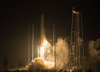 Orbital ATK CRS-9 Launch (NHQ201805210003).jpg