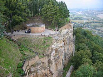 Pozzo di S. Patrizio - Pozzo San Patrizio at Orvieto