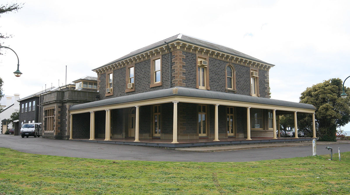 Osborne house north geelong