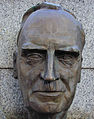 Otto Hahn (Frankfurt).jpg