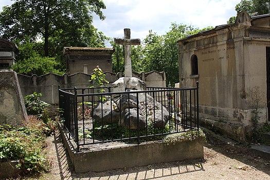 Père-Lachaise - Division 20 - Saulx-Tavannes 01.jpg