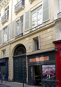 P1050192 Paris Ier rue Thérèse n°1 MH rwk.jpg