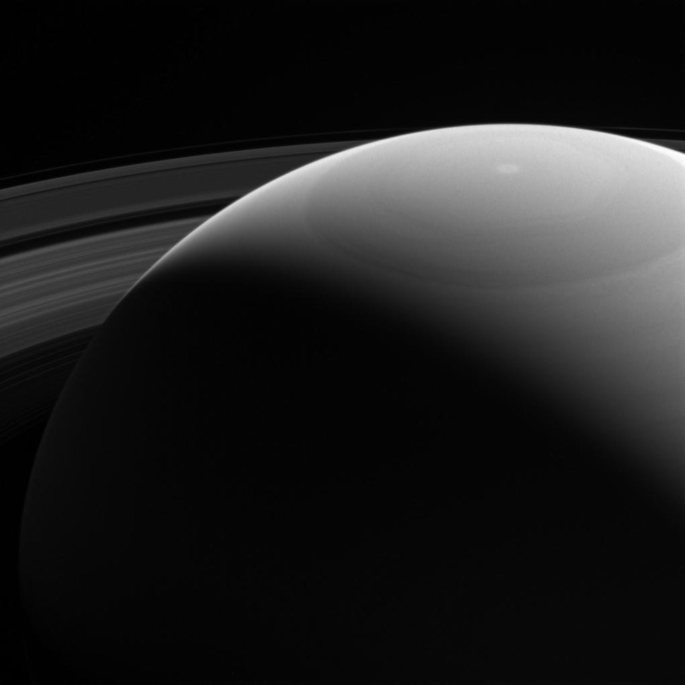 PIA20517-Saturn&Rings-CassiniSpacecraftScene-20161028