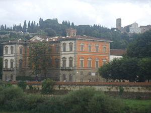 Palazzo Serristori, Oltrarno - Palace seen from across the Arno