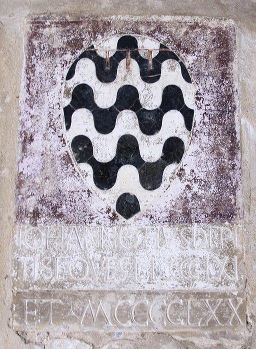 Palazzo vicariale di Certaldo, stemma de' Pitti