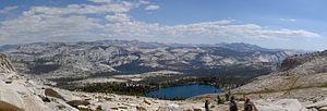 May Lake (California) - Image: Panoramic May Lake CA