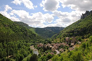 Panoramic view of La Roque-Ste-Marguerite from the East - panoramio.jpg