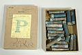 Pappersask med patronhylsor - Livrustkammaren - 31086.jpg