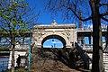 Paris - Pont de Bir-Hakeim (29775332770).jpg