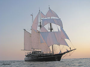 Peacemaker Marine 1 under full sail