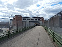 Pedestrian overpass to the Pelham Bay Park subway station