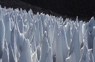Penitente (snow formation) - Image: Penitentes Upper Rio Blanco Argentine