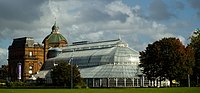 People's Palace and Winter Gardens in Glasgow Green.jpg