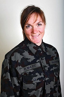 Petra Majdič in military uniform in 2009.jpg