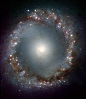 NGC 1097 - Image: Phot 33a 05