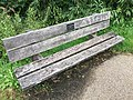 Photograph of a bench (OpenBenches 673).jpg