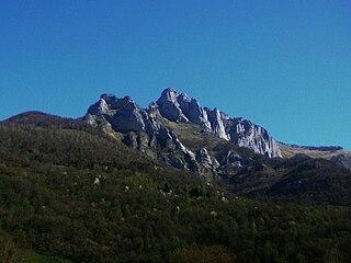 Pic du Gar mountain in France