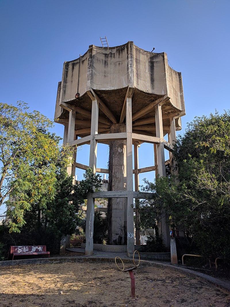 מגדל המים בשעריים