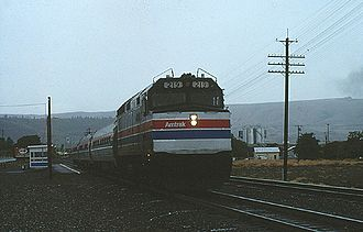 Pioneer (train) - The Pioneer at The Dalles in August 1977