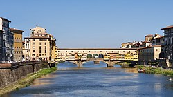 Ponte Vecchio from East.jpg