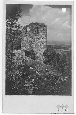 Postcard of Šumberk Castle.jpg